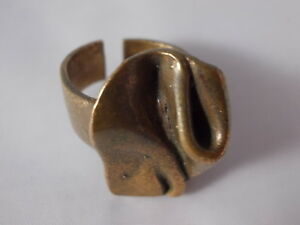 Modernist-Design-Ring-Bronze-Finland-Vintage-Blogger-Boho-60s-70s