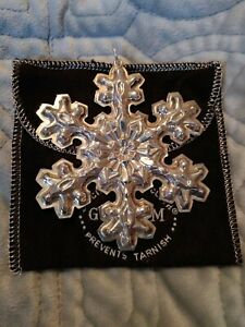 1976-Gorham-Sterling-Silver-Annual-Christmas-Snowflake-Ornament-3-1-2-with-Pouch