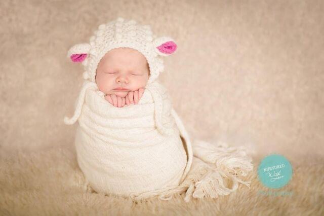 Ivory bobbly lamb bonnet. Unisex photo photography prop. Newborn.