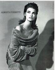 Publicité Advertising 1990 Haute couture Alberta Ferreti avec Linda Evangelista