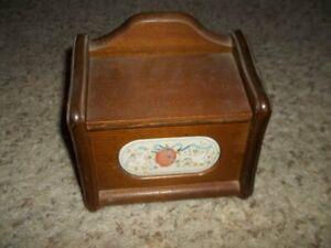 Vintage Wooden Recipe Card Holder Box Nice