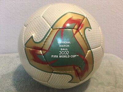 Romper ignorar Caracterizar  Adidas World Cup 2002 Corea y Japón Fevernova Match pelota de fútbol Talla  5 Ronaldo | eBay