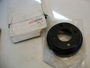 NOS YAMAHA J10-46521-00-00 BRAKE DRUM G1 SUPERCEEDED BY J55-G6521-19-00