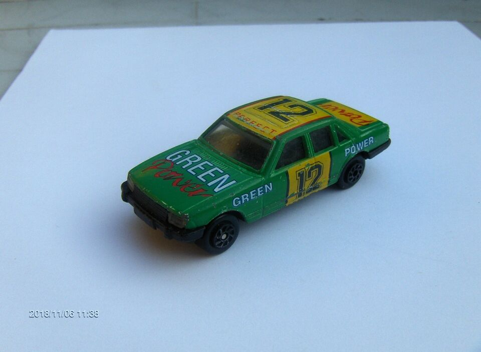 MODELBIL, FORD GRANADA MK II 1982, #12 GREEN POWER