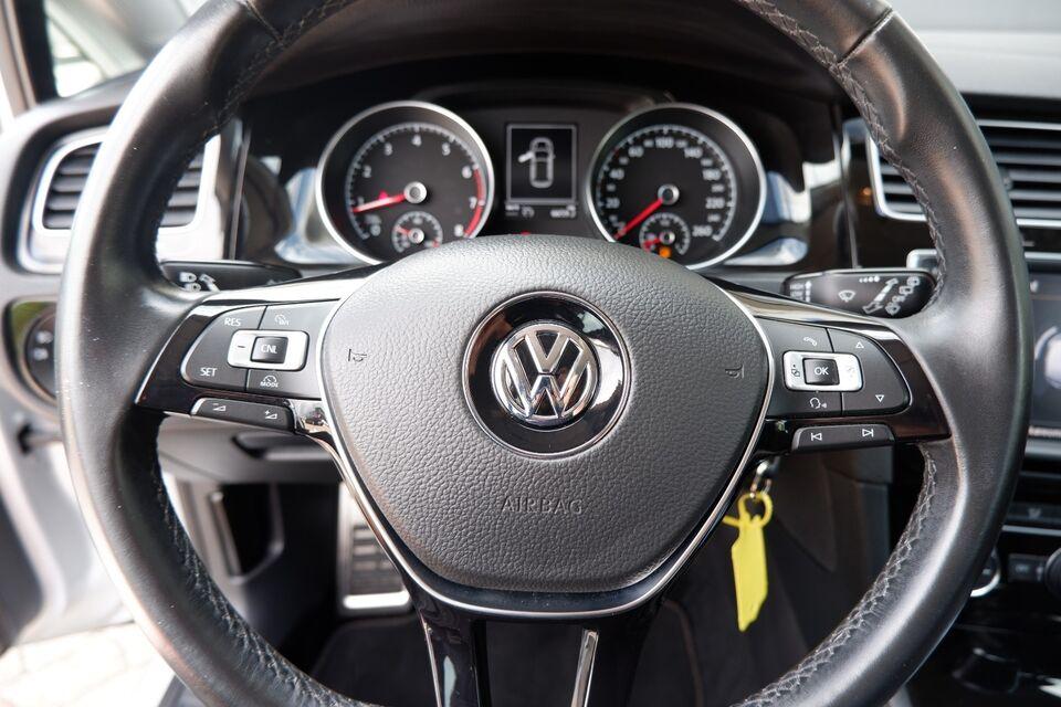 VW Golf VII 1,4 TSi 125 Allstar BMT Benzin modelår 2016 km
