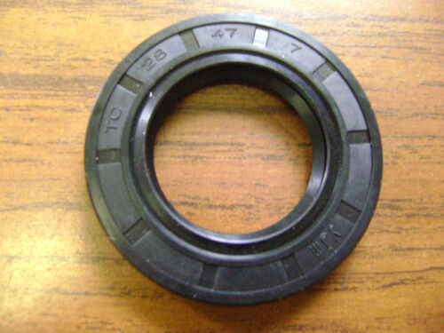 DUST SEAL AB304705 WITH GARTER SPRING NEW TC 28X47X7 DOUBLE LIPS METRIC OIL