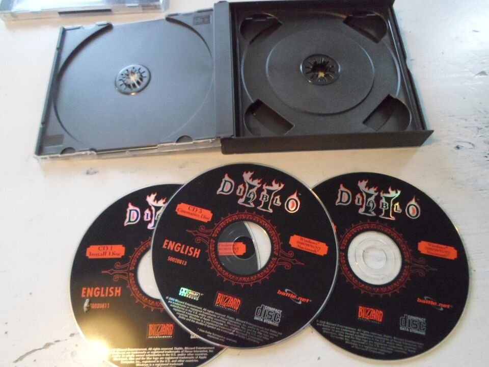 Diablo II ( 3 disc boks), til pc, MMORPG