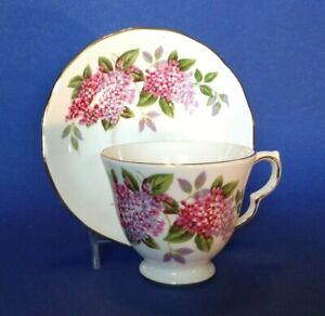 Queen-Anne-Pedestal-Tea-Cup-And-Saucer-Red-Pink-And-Purple-Hydrangea-England