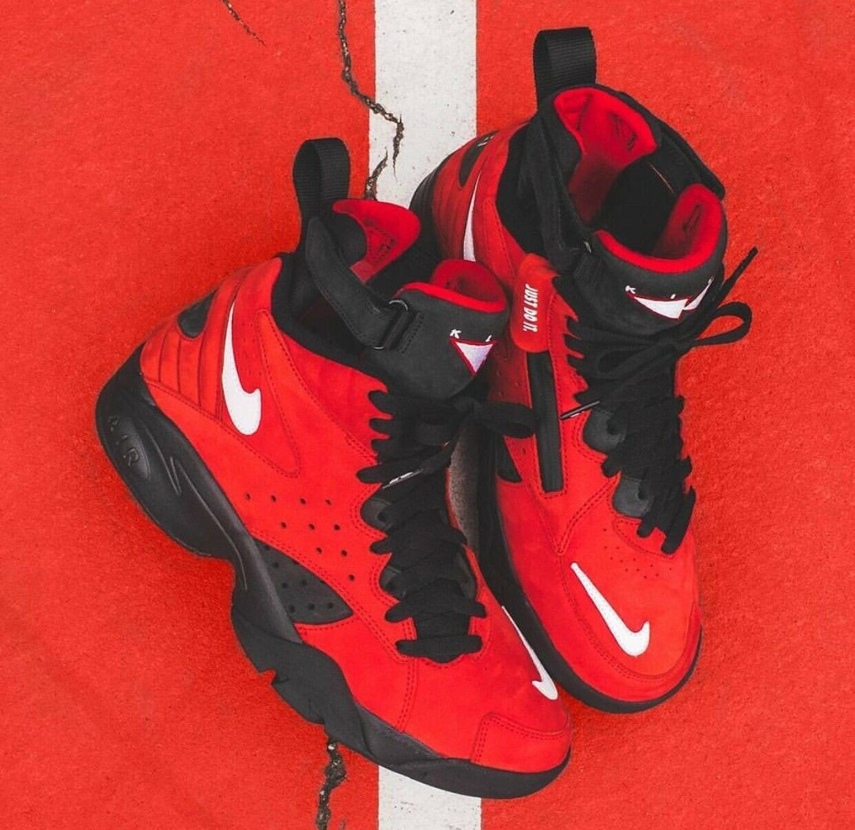 KITH X NIKE AIR MAESTRO II HIGH - RED  Size 6  Confirmed   Pippen