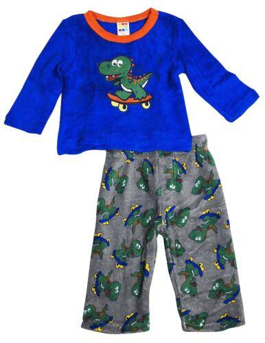 Health-Tex Baby Infant Boys Long Sleeve Soft Plush Microfleece Pajama Set