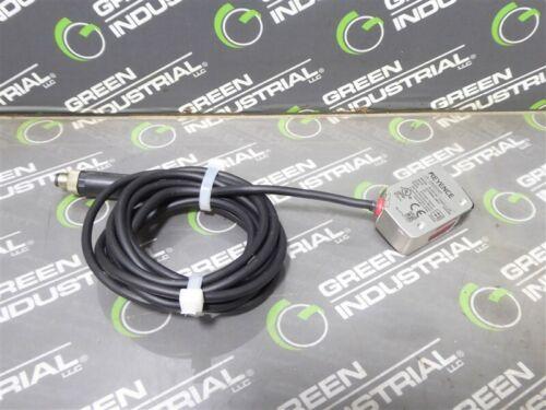 USED Keyence LR-ZB250AP Self-Contained CMOS Laser Sensor