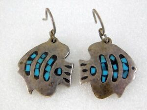 Vintage-Taxco-Mexico-Crushed-Turquoise-Fish-Earrings-Sterling-Silver-TC-255-925