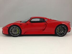 spark porsche 918 spyder red roof closed sealed resin. Black Bedroom Furniture Sets. Home Design Ideas