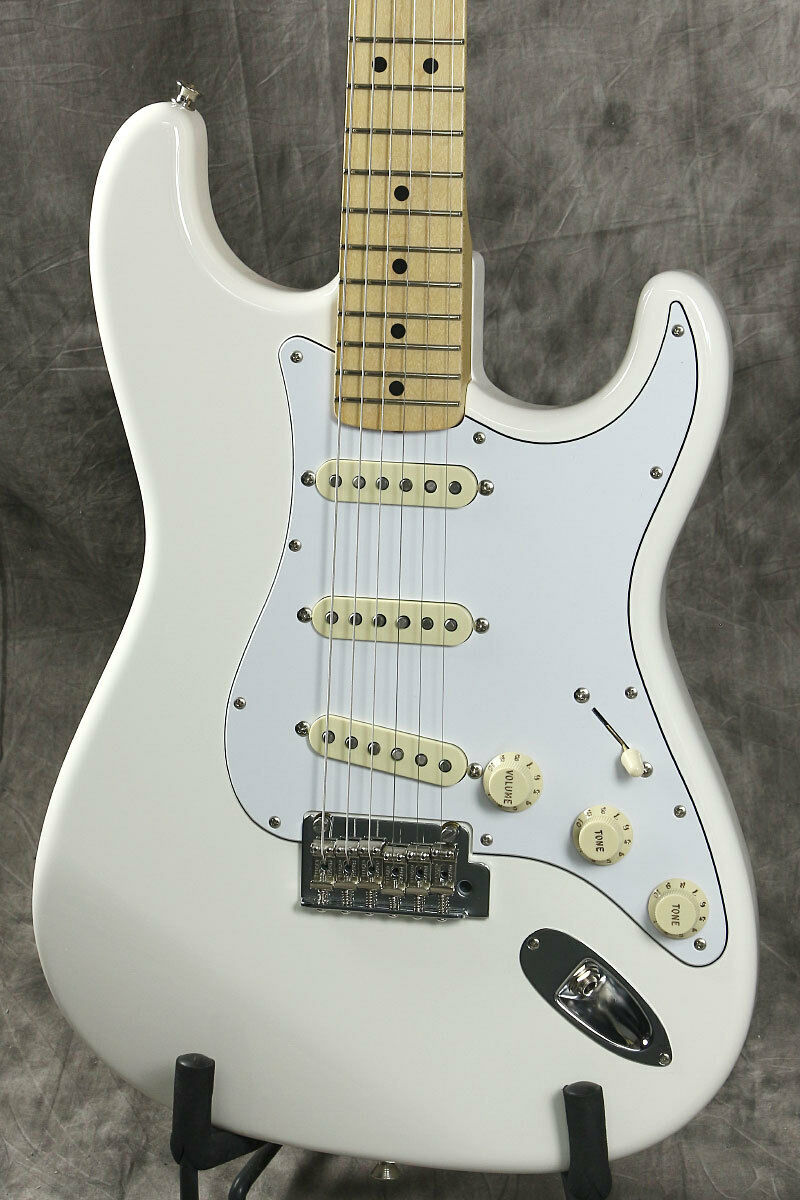 Fender Made in Japan Hybrid 68 Stratocaster Arctic Weiß beautiful rare EMS F S