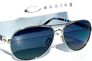 c5484ea0096 NEW  Oakley TIE BREAK Aviator Chrome w POLARIZED Grey Women s ...