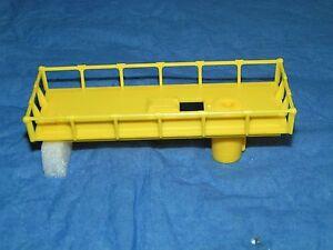 LIONEL 6812 6812-8 LEMON YELLOW MAINTENANCE CAR PLATFORM NO BREAKS! MINT NOFS!