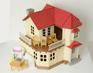 Calico-Critters-Luxury-Townhome-Sylvanian-Families-Epoch-Dollhouse