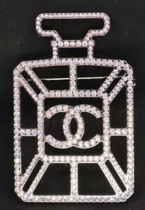 CHANEL-CC-logo-Brooch-Pin-17B-Strass-Large-Statement-No-5-Perfume-Bottle-NEW
