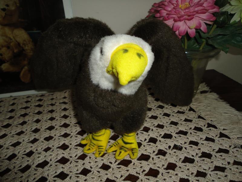 Bald Eagle Incrossoible Petables Stuffed Plush 8 inch Retirosso