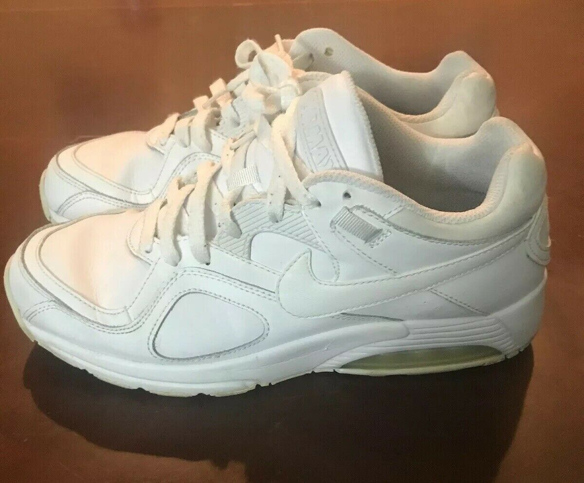 Nike Men's Air Max '90 Leather Sneakers, True White US 9.5
