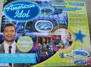 NEW-AMERICAN-IDOL-GAME-TALENT-CHALLENGE-DVD-MICROPHONE