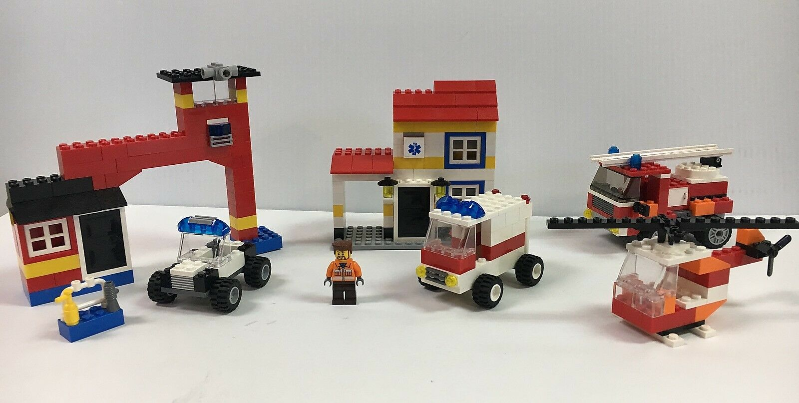 LEGO USED 6164 Rescue Building Set (instructions are missing some some some pages) 11ae25
