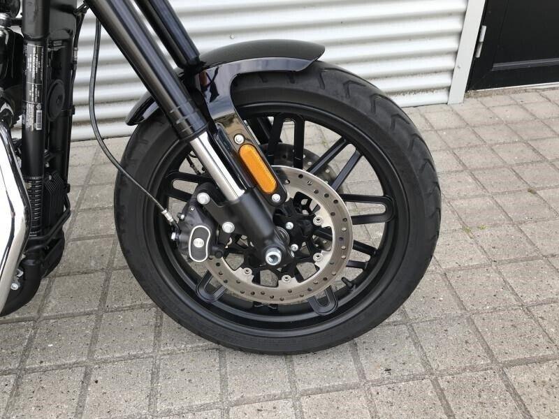 Harley-Davidson, XL1200CX Roadster, ccm 1200