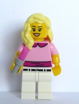 Lego Female Girl Minifigure Figure Pink Top Long Straight Brown Hair /& Lipstick