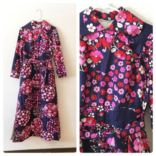 Vintage 70s Mod Bright Floral House Coat Robe Dres