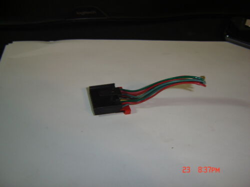 00-05 CADILLAC DEVILLE DTS DRIVER HEATED SEAT HEATER SWITCH PIGTAIL CONNECTOR