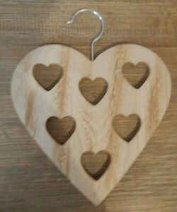 RUSTIC-STYLE-HEART-SHAPED-WOOD-HANGER-FOR-SCARFS-BELTS-TIES