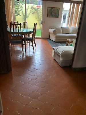 Casa en venta en Satélite de 3 recámaras 3 banos 3 estacionamientos de 352 m2 para remodelar
