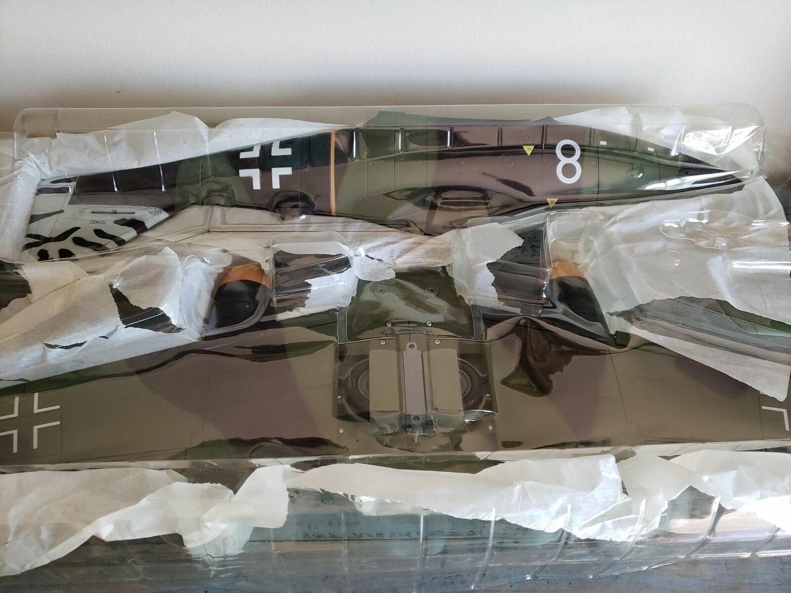 NUOVO 118 AMMIRAGLIO giocattoli WW2 tedesco Messerschmitt ME262A1A FIGHTER BIANCO 8 RARA