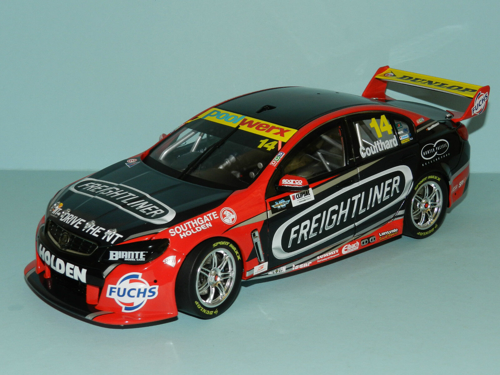 Biante 1 18 Holden Commodore VF Freightliner V8 Supercars 2015 Coulthard MIB