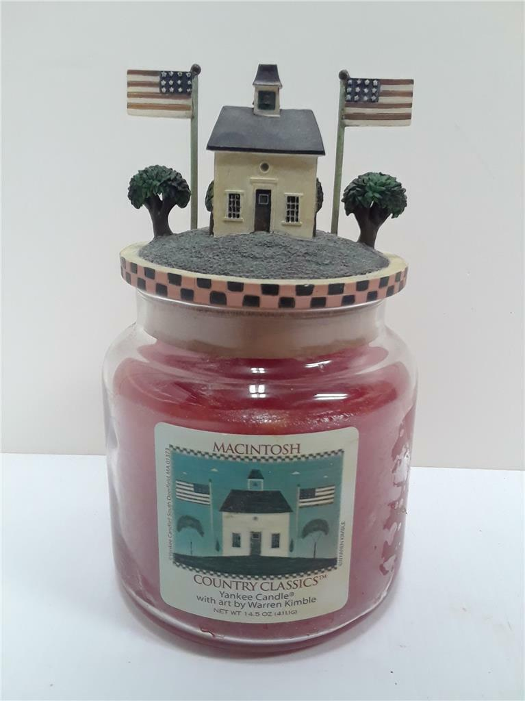 Yankee Candle Macintosh Country Classics Warren Kimble w  Candle Topper 14.5 oz.