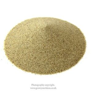 Beige-cream-Coloured-sand-for-crafts-and-terrarium-projects-100g