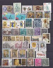 es - VATICAN Joli lot de 40 différents oblitérés postalement dont rare n°885