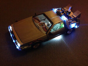 DeLorean-Ultimate-Edition-BACK-TO-THE-FUTURE-BTTF-Hot-Wheels-Elite-BLY44-1-18