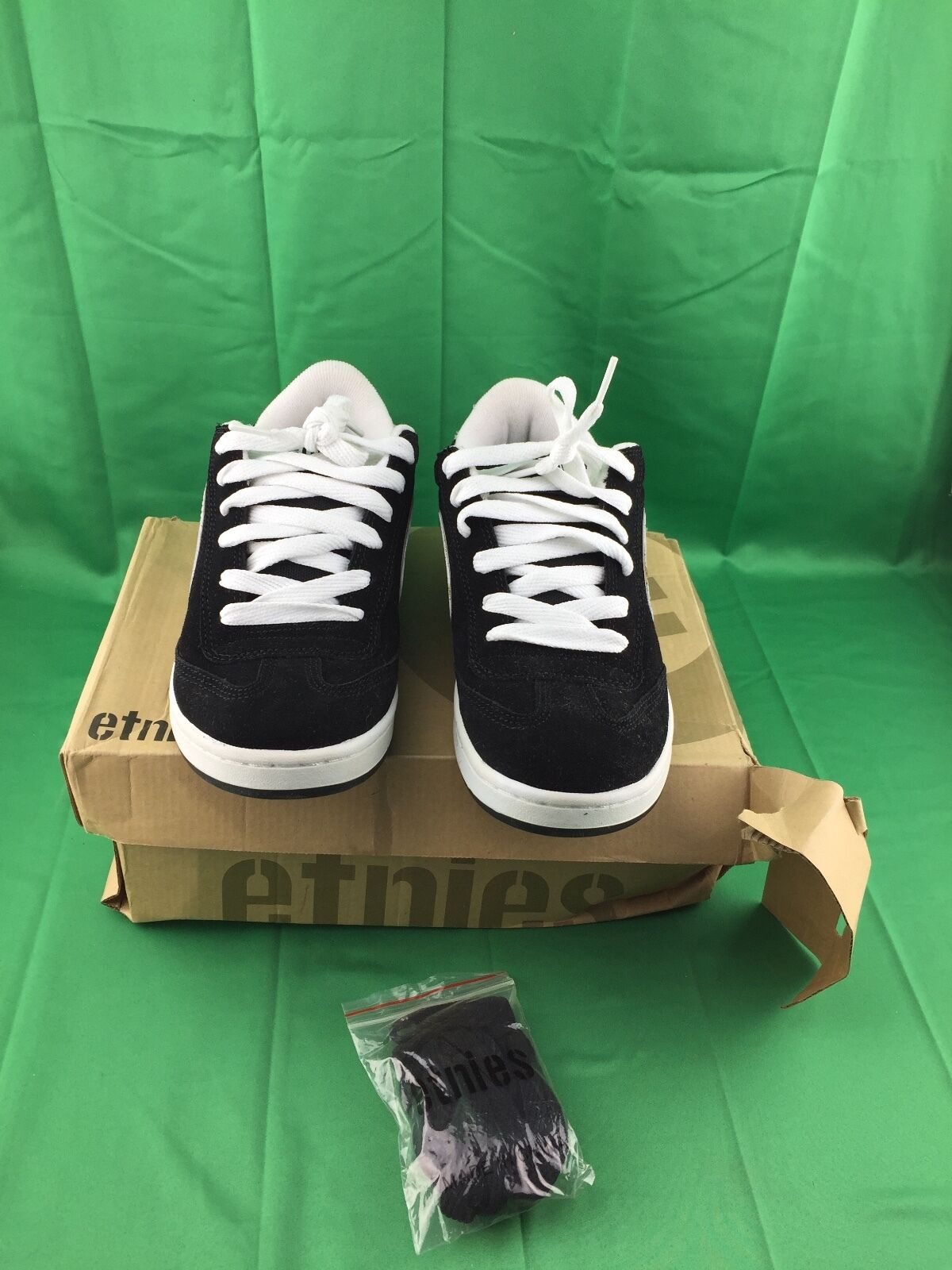 1c308afd4b78 ETNIES Skate Shoes LO-CUT BLACK WHITE (READ DESCRIPTION) 8bd850 ...