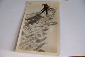 Rare-Vintage-RPPC-Real-Photo-Postcard-B2-Skiing-Skiers-New-York-Utica-Studios