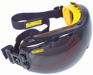 Dewalt Safety Goggles Eye Protective Over Glasses Concealer Smoke Anti-Fog