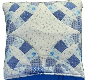 Quilt Top Throw Blanket Pillow Cosy Folds Converts Easy Store Space Saver Travel