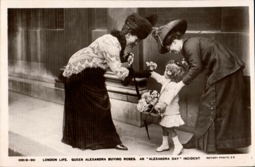 London Life. Queen Alexandra Buying Roses # 1051390. An Alexandra Day Incident.