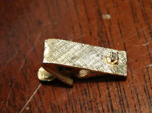 very-small-mens-14k-gold-and-diamond-tie-clip