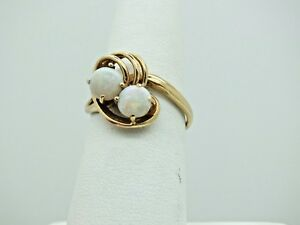 VINTAGE-ESTATE-SOLID-14K-YELLOW-GOLD-2-ROUND-OPAL-RING-SIZE-7-1-2