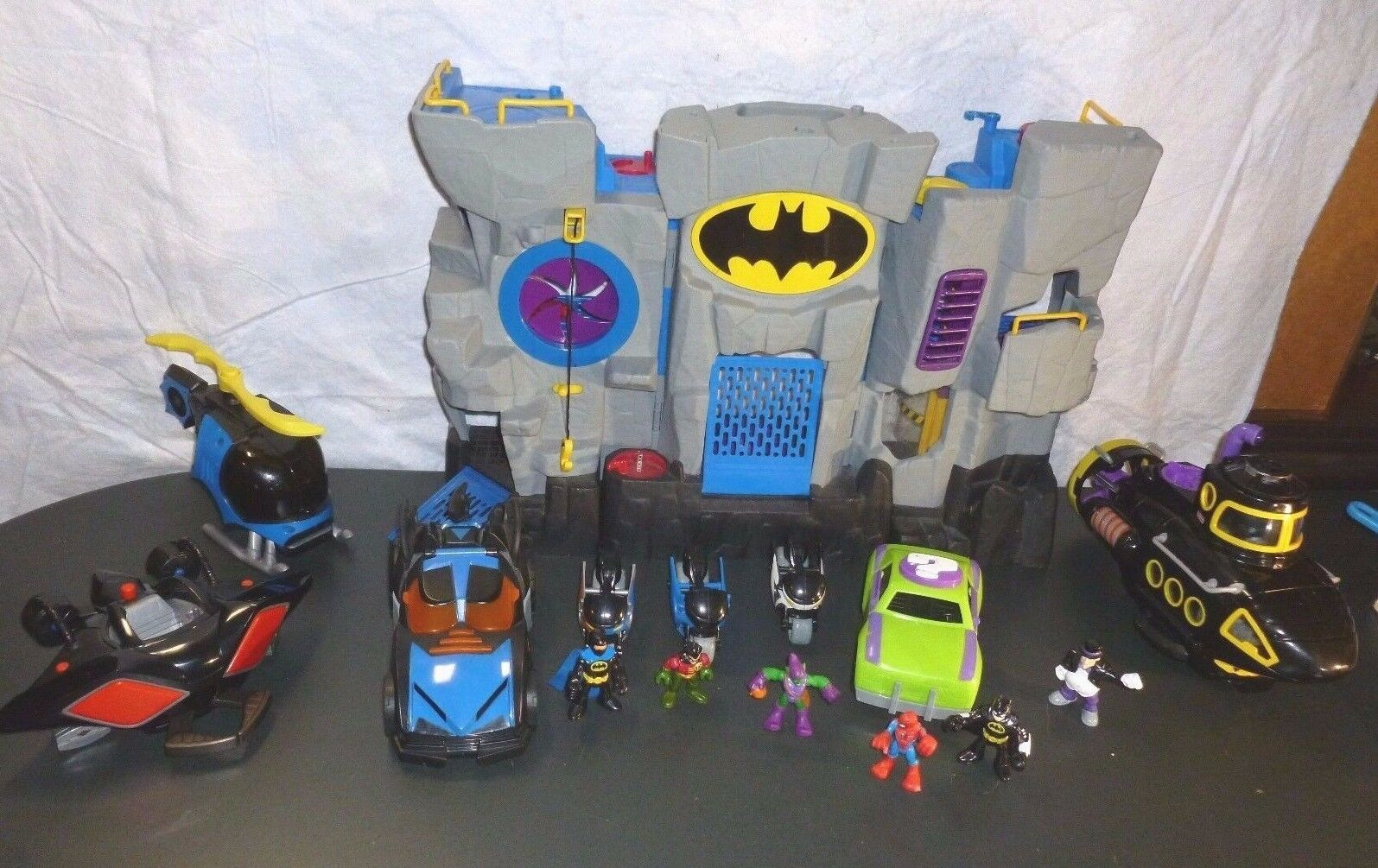 Fisher Price Imaginext DC Justice Batcave batman robin penguin sub loaded