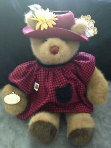NEW-1985-15-034-Gund-Bear-Tales-Girl-2039-With-Tags-All-Original-Light-Hat-Brown