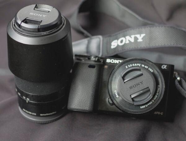Appareil Photo Sony A6000 + Objectif 55-210mm + Objectif 16-55mm CaractéRistiques Exceptionnelles