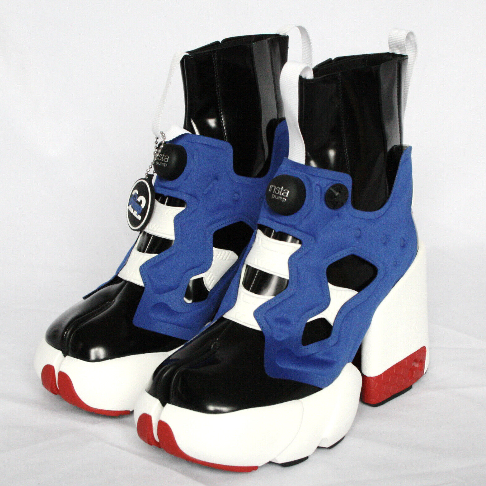 MAISON MARTIN MARGIELA x REEBOK Instapump Fury split toe tabi sneakers 37 NEW