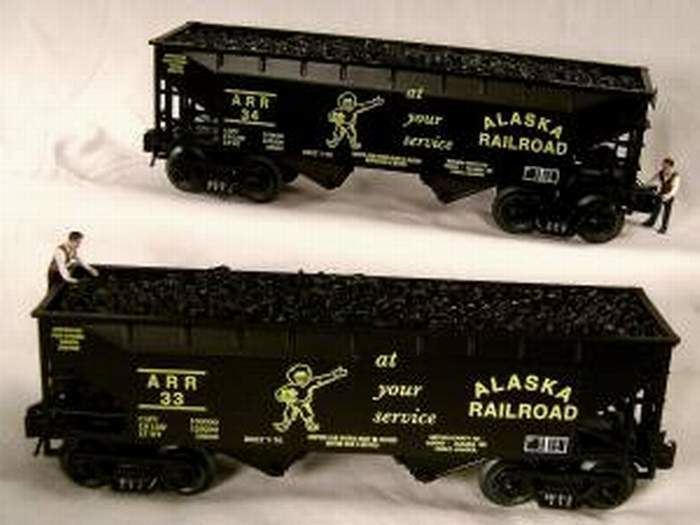 RMT READY MADE TRAINS 2-BAY COAL HOPPER w COAL LOAD ALASKA RAILROAD 2 PK O GAUGE